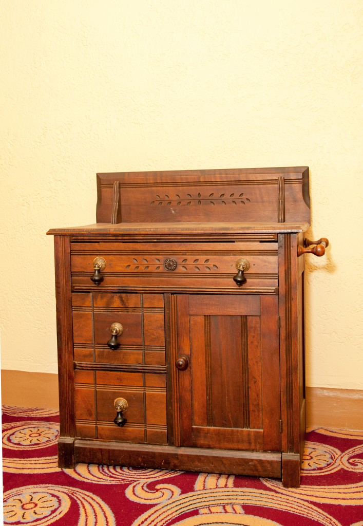 smith center for the arts archive eastlake commode. Black Bedroom Furniture Sets. Home Design Ideas